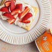 Vegan Puff Pastry with Yogurt and Strawberries Recipe
